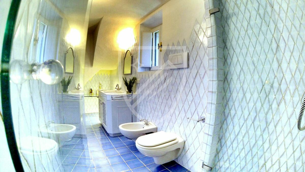 Bathroom (1)_1